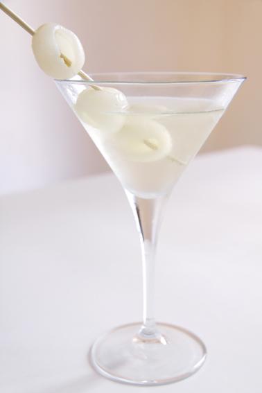Lychee Martini | Cocktails Wiki | FANDOM powered by Wikia