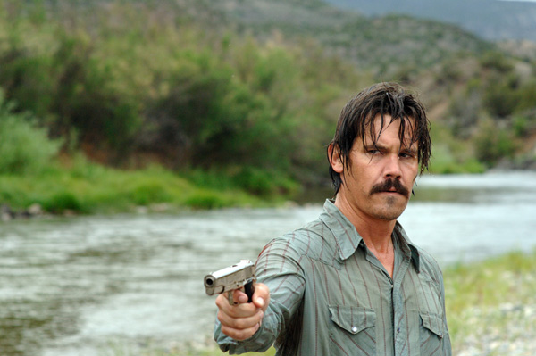 File:No country for old men movie image josh brolin.jpg