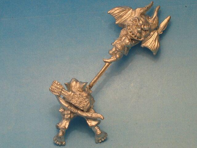 File:WF - GOB025 - Goblin Wolf Rider Command - standard bearer back (800x600).jpg