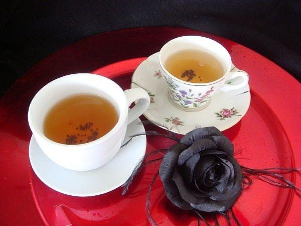File:Host-gothic-tea-party-800X800.jpg