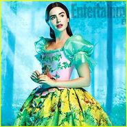 Lily-collins-snow-white