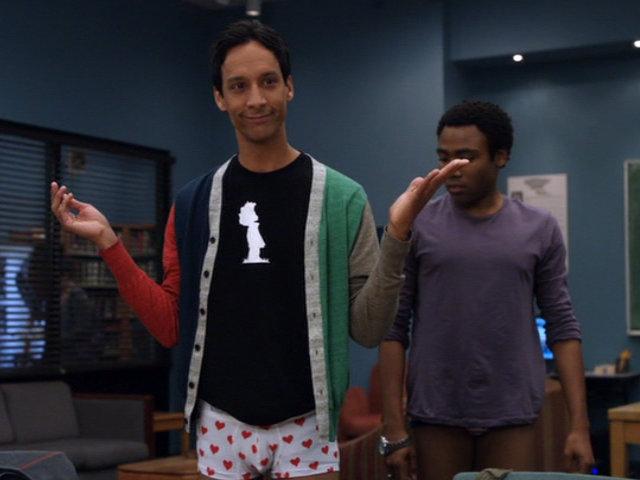 File:1x22-Abed Troy pantsed.jpg