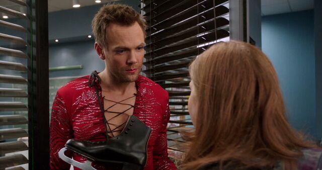 File:S04E04-Vicki gets shut out.jpg