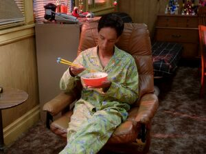 3x10 Abed eating noodles