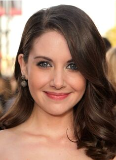 Alison Brie2