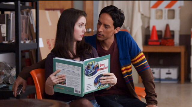 File:1x17 Annie and Abed2.jpg