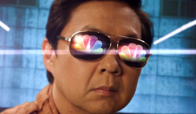 File:5x13 Chang NBC sunglasses.jpg