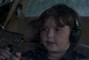 S06E06-Warburton in the car