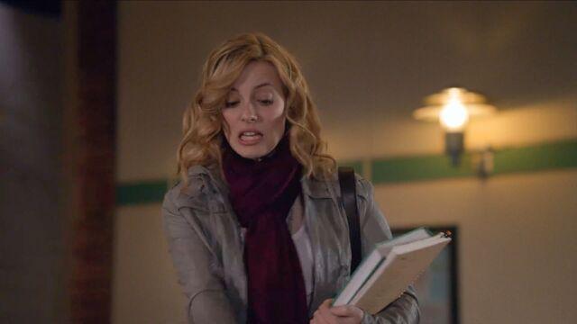 File:1x1 Britta Britta pantomime1.jpg