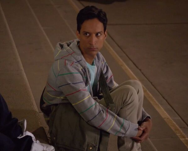 File:1x1 Abed on steps.jpg