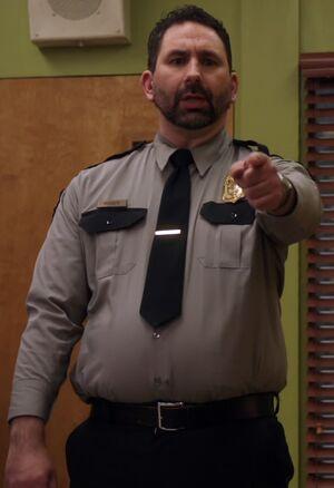 S01E11-Cackowski pointing