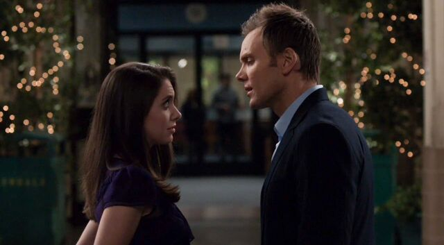 File:1x25 Jeff and Annie outside6.jpg