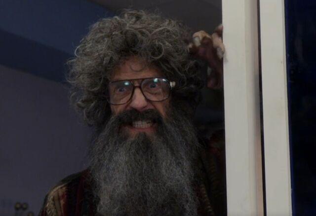 File:S05E13-Russell Borchert doesn't like Woody Allen.jpg