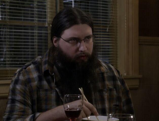 File:S05E09-Anthony dinner.jpg
