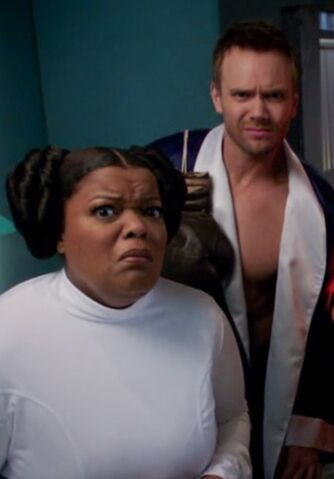 File:S04E02-Jeff and Shirley Halloween.jpg