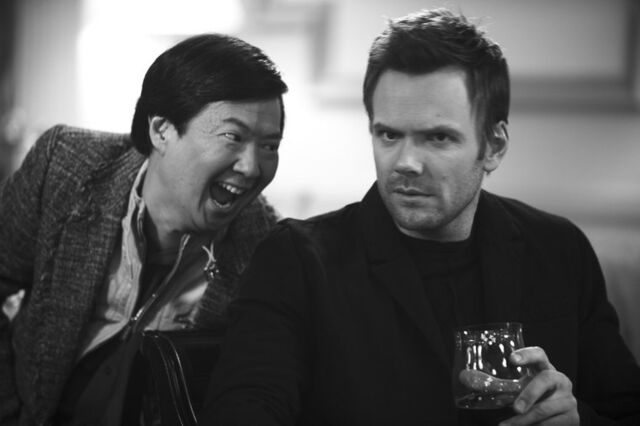 File:2x20 Promotional photo 6.jpg