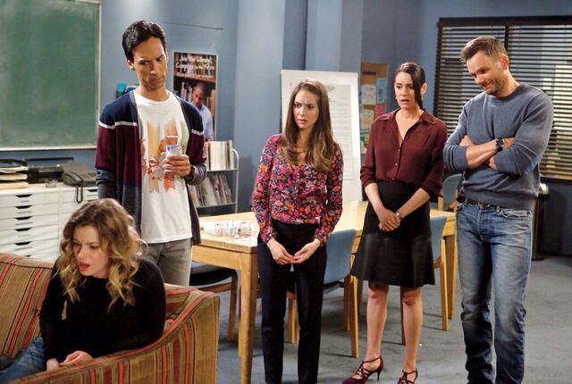 File:Entertainment Weekly Season Six photo 2.jpg