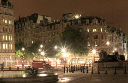 File:Trafalgar square night small.jpg