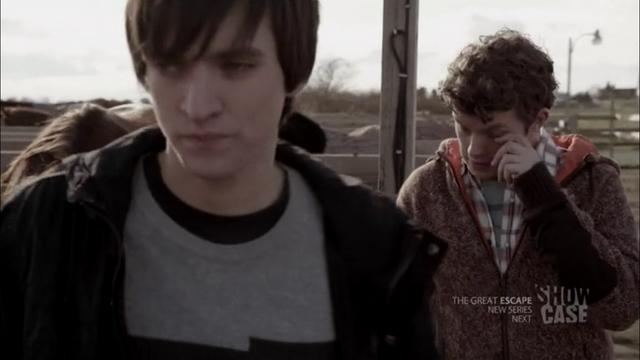 File:1x05 Julian & Alec 01.png