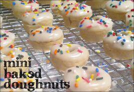 Baked-mini-doughnuts