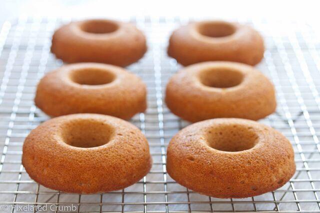 File:Cider Doughnuts-4.jpg