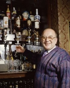 File:Roy alec behind the bar.jpg
