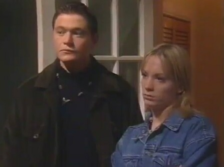 File:Gorman, Froggat in Corrie 1998 11 23.jpg
