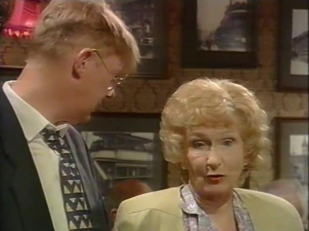 File:Episode 3903 (1st September 1995).jpg