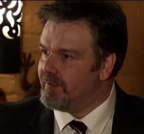 File:Businessman (Episode 8066).jpg