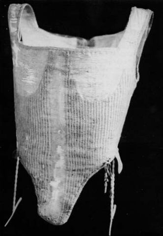 File:Pfalzgrafin-corset.jpg