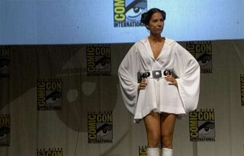 File:Olivia Munn Princess Leia.jpg