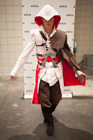 File:Ezio NYCC.jpg