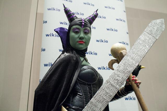 File:Maleficent NYCC.jpg