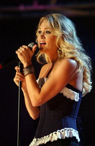 File:Carrie Underwood.jpg