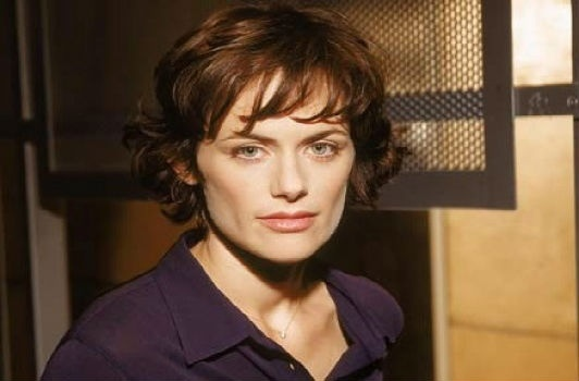 File:Sarah Clarke as Lena.jpg