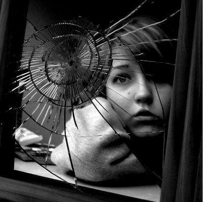 File:Mirror-2.jpg