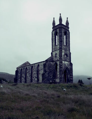 File:01-dunlewey-church-co-donegal2.jpg