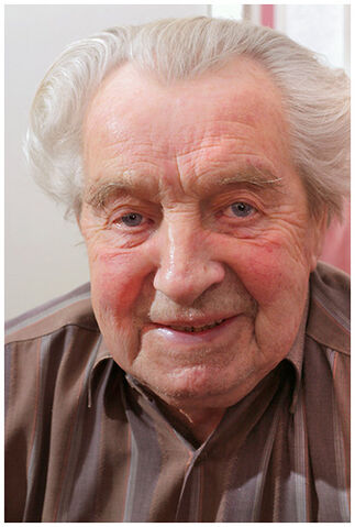 File:Charles at 90.jpg