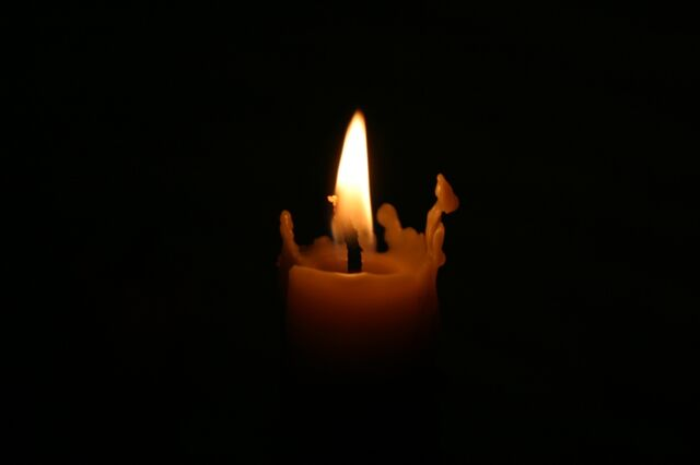 File:Candle-in-the-dark1.jpg