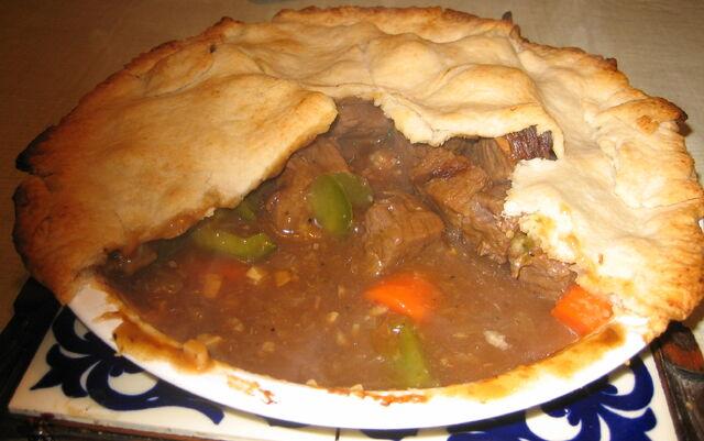 File:Homemade meat pie.jpg