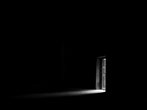 File:Light-in-the-dark.jpg