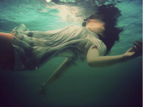 File:Drown.jpg