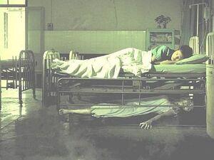 Sotto il letto creepypasta italia wiki fandom powered by wikia - Letto alla tedesca ...
