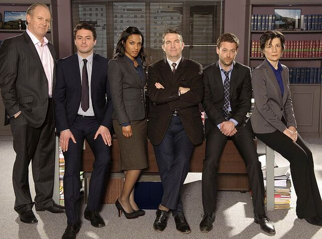 File:The new cast of Law and Order UK.jpg
