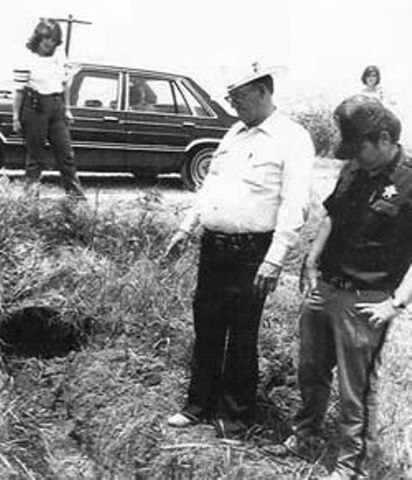 File:Henry Lee Lucas Crime Scene.jpg