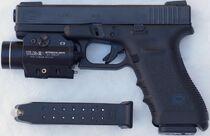 Glock17wTLR-2