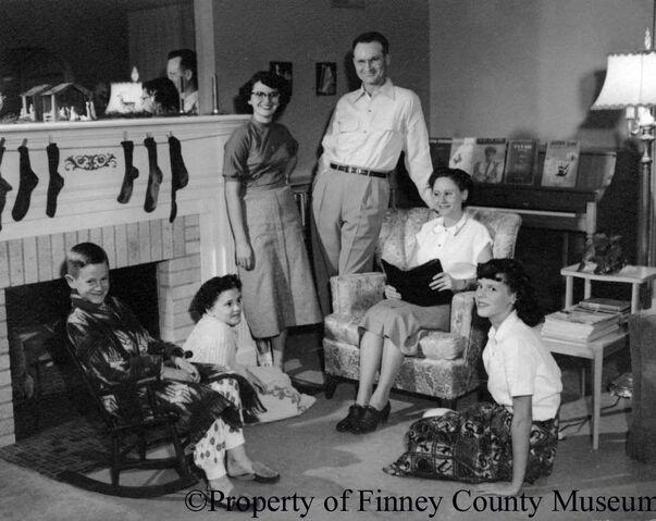 File:Clutter Family.jpg