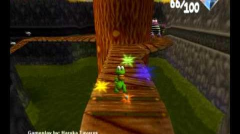 Croc 2 (PC) - Sailor Village - Save the Bird from the Thief!
