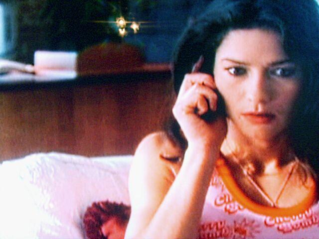 File:1x01 Jordan Gets Call.jpg