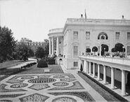 Eisenhower-garden-c1904